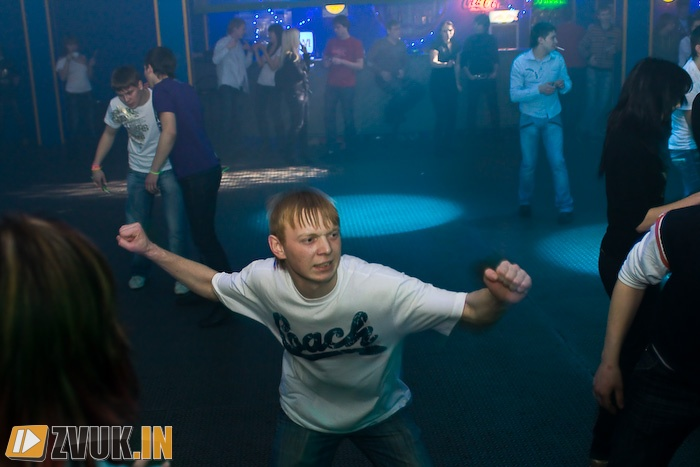Back-to-back. Part 1 - DJ КОСМОНАВТ (с) no_id